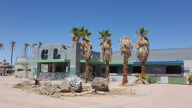 Het verlaten park van het rockahoolawater in Newberry-de Lentes Californië royalty-vrije stock fotografie