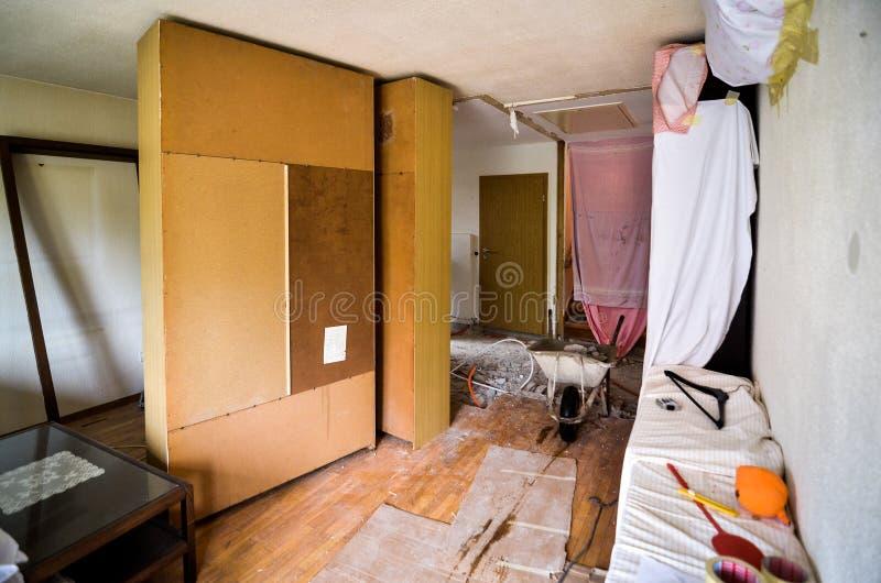 Het vernieuwen van en het herbouwen van binnenland van huishuis of flat royalty-vrije stock foto