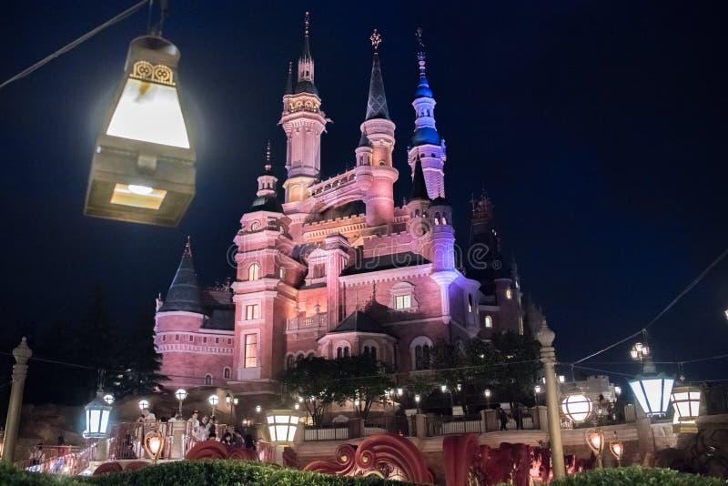 Het Verrukte Verhalenboekkasteel in Shanghai Disneyland, China royalty-vrije stock foto's