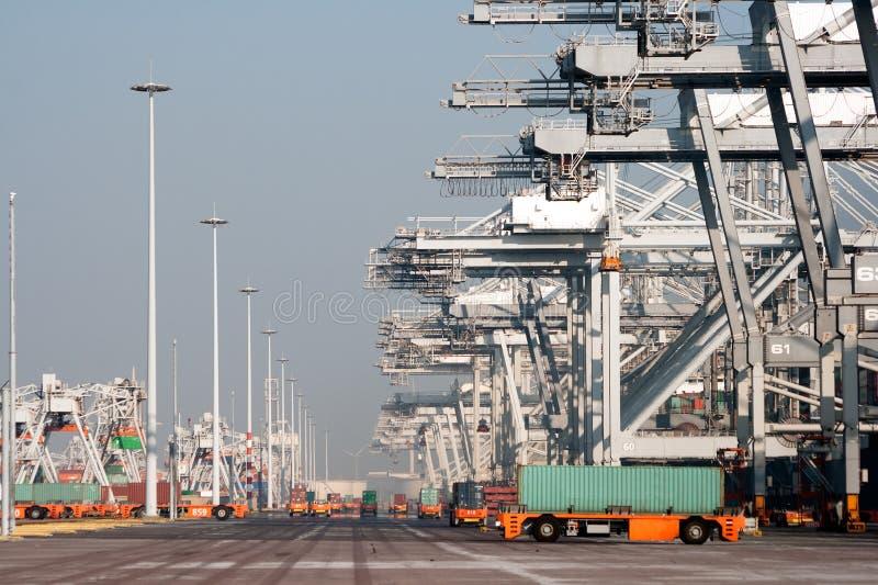 Het verschepen van de haven stock foto