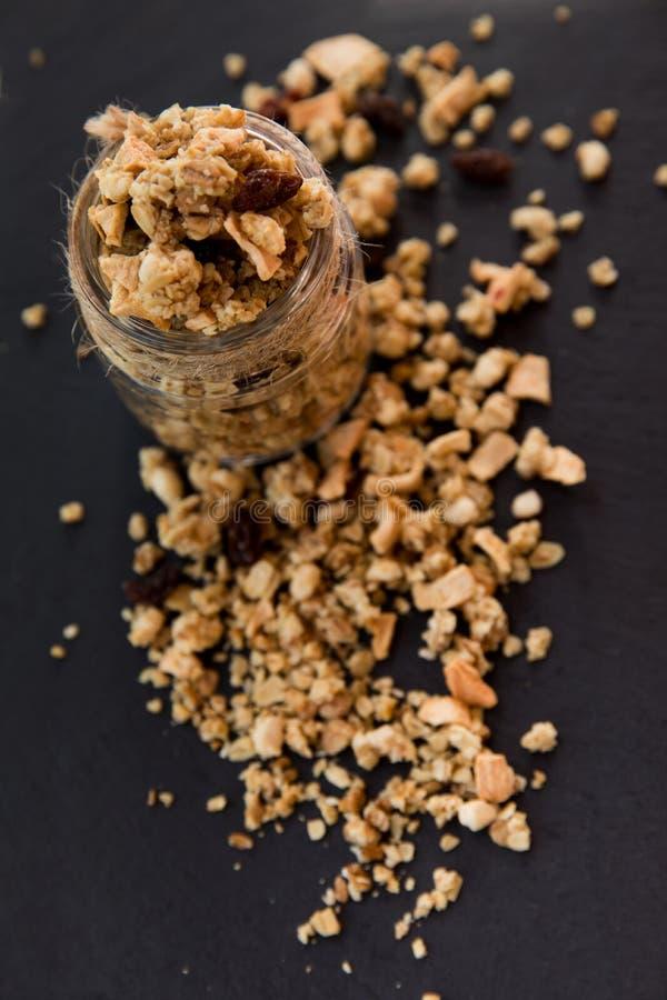 Het verse eigengemaakte tropische exotische ontbijt van granolamuesli stock afbeeldingen