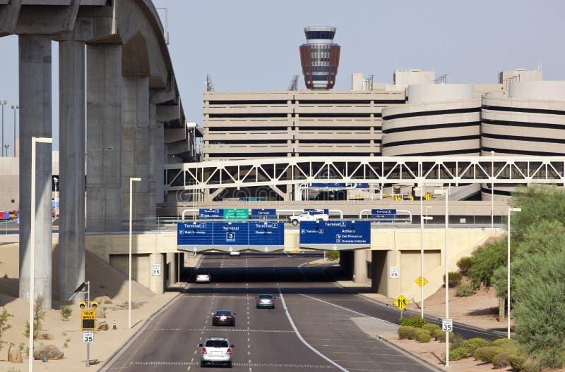 Het Vervoer van de luchthavengrond stock afbeelding