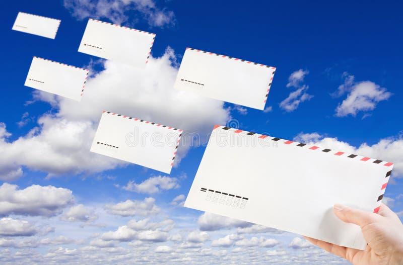 Het verzenden van post stock afbeeldingen