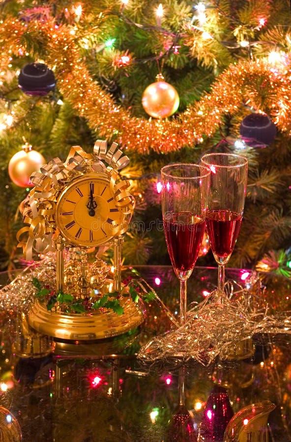Het vieren van nieuw jaar (Kerstmis) royalty-vrije stock afbeelding