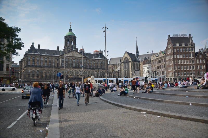 Het Vierkant van de dam in Amsterdam stock afbeeldingen