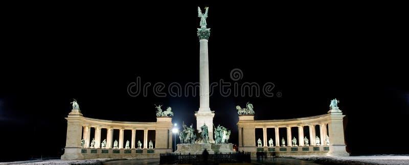 Het vierkant van de held, Boedapest stock afbeelding