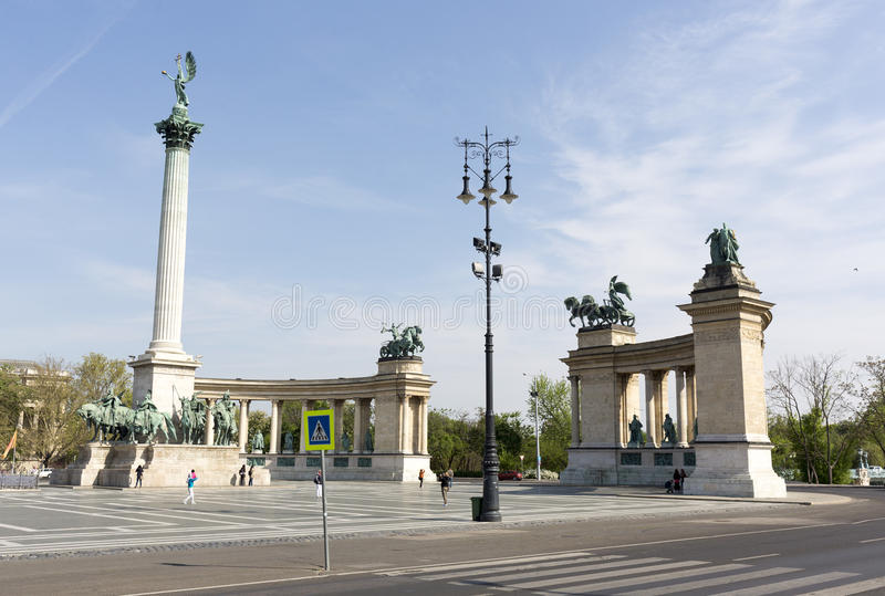 Het Vierkant van de held in Boedapest stock fotografie