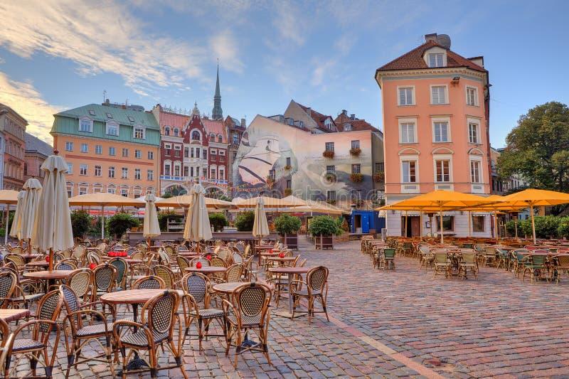 Het vierkant van de stad. Riga, Letland. royalty-vrije stock afbeelding
