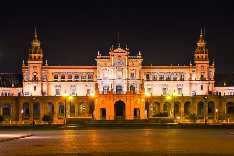 Het vierkant van Spanje bij nacht, Sevilla, Spanje stock fotografie