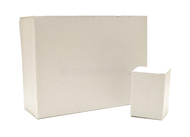 Download Het Vierkante Bruine Open Geïsoleerdeg Deksel Van Het Karton Stock Afbeelding - Afbeelding bestaande uit beige, geïsoleerd: 29500761