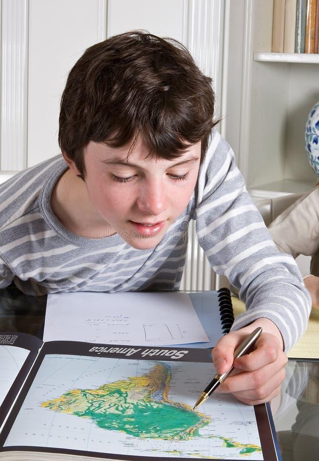 Het vinden op de kaart stock fotografie