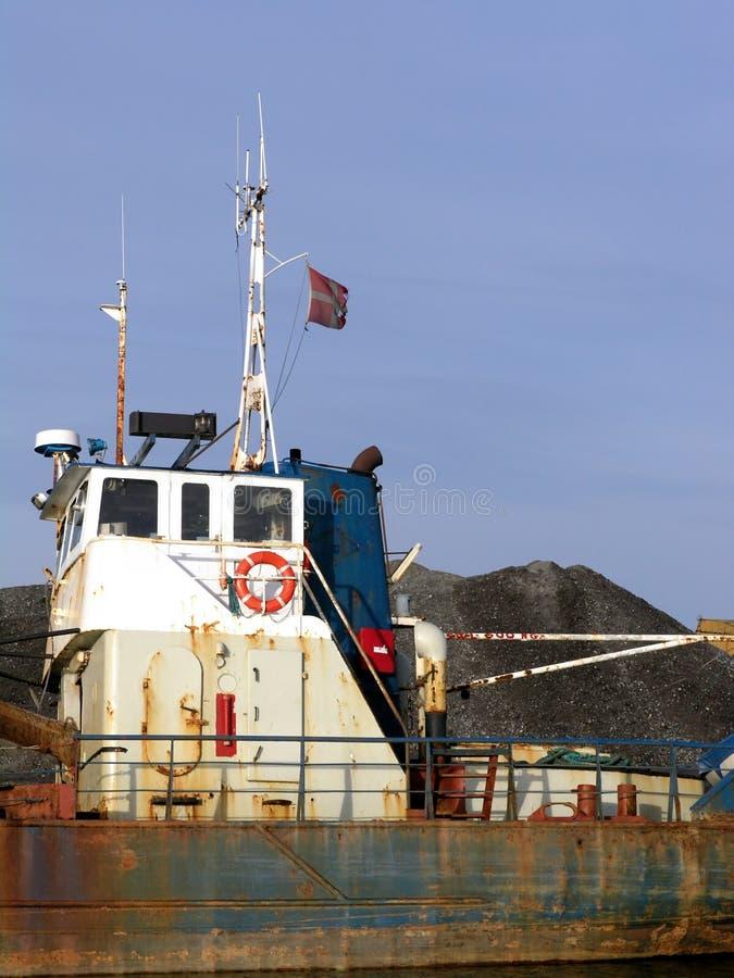 Het vissersvaartuig van de steen stock fotografie
