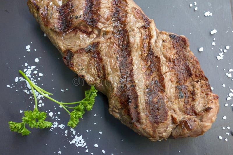 Download Het Vlees Van Het Lapje Vleesrundvlees Stock Foto - Afbeelding bestaande uit eating, geroosterd: 39109846