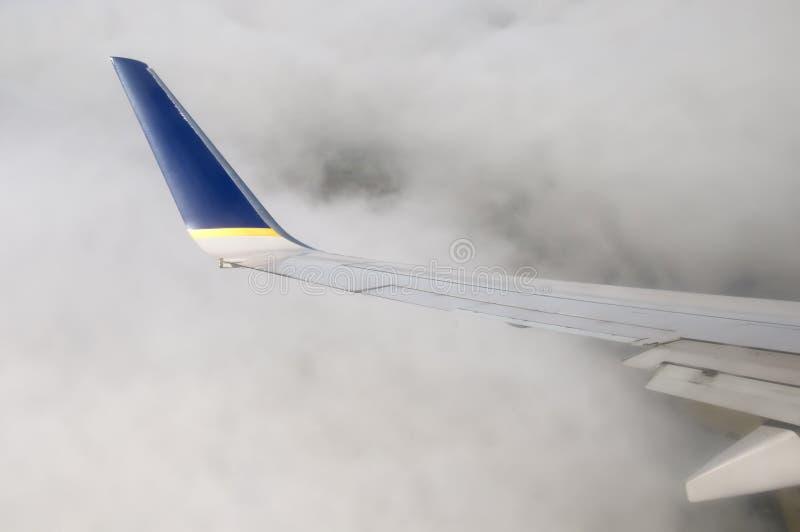 Het vliegen door clouds2 stock afbeelding