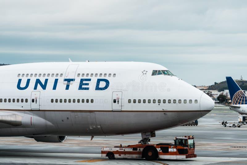 Het vliegtuig van United Airlines Boeing royalty-vrije stock afbeelding