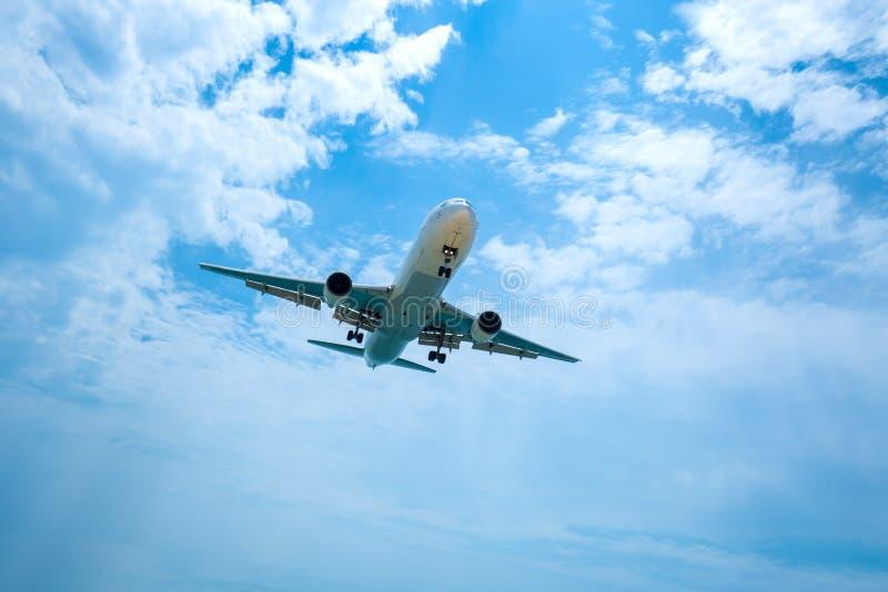 Het vliegtuig werd verminderd aan het landen stock afbeeldingen