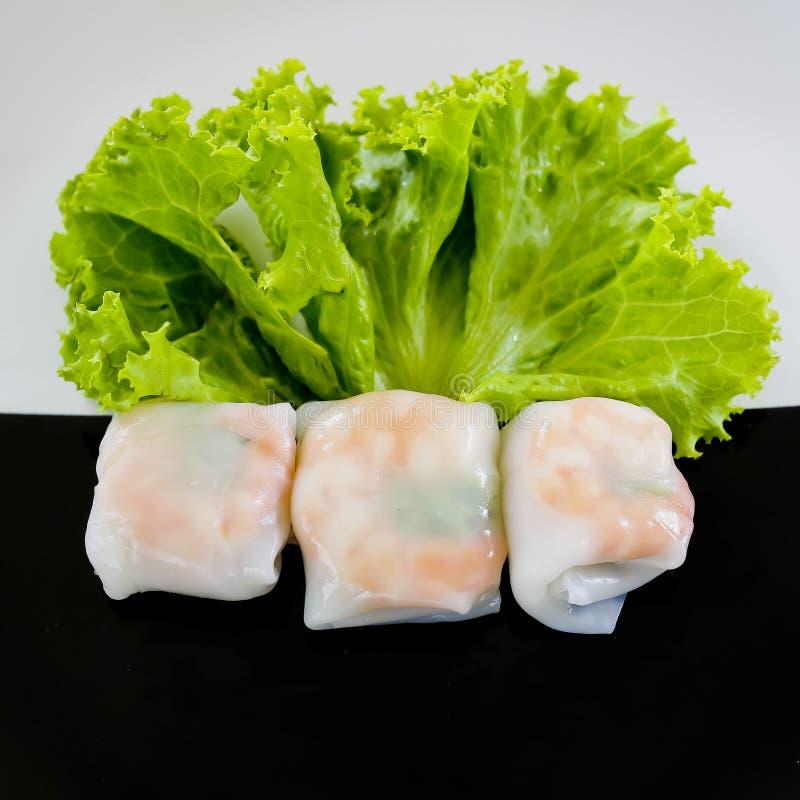 Het voedsel van de buffetstijl in dienbladen - een reeks RESTAURANTbeelden stock foto