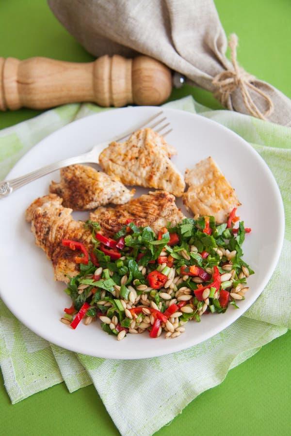 Het voedsel van het sportdieet: kippenfilet stock afbeeldingen