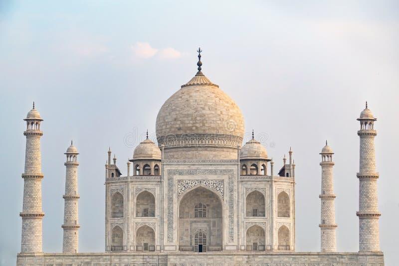 Het vooraanzicht van Taj Mahal royalty-vrije stock foto
