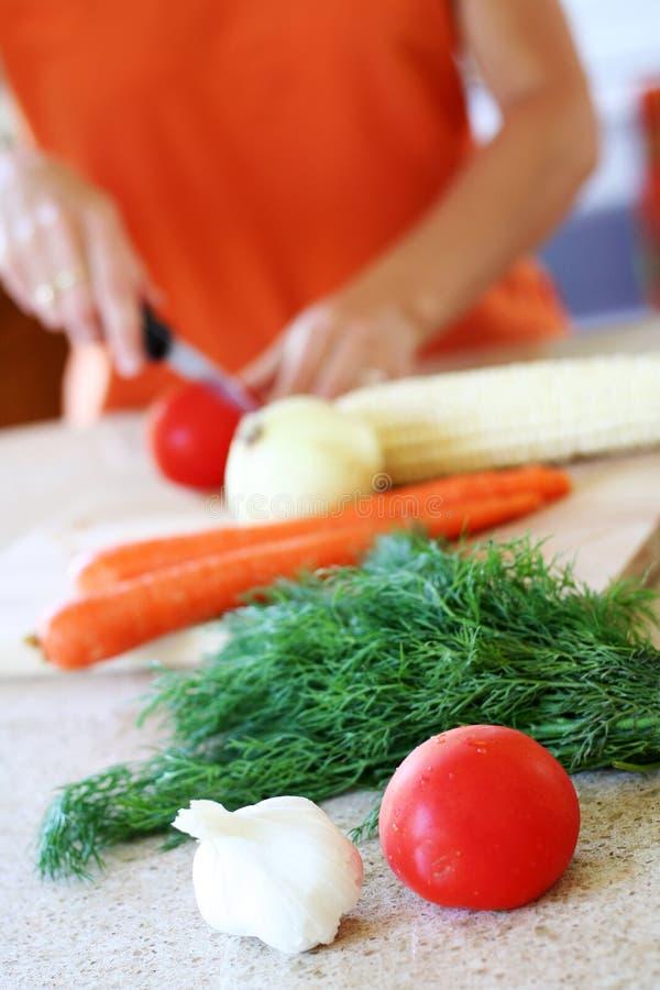 Het voorbereiden van groenten royalty-vrije stock foto