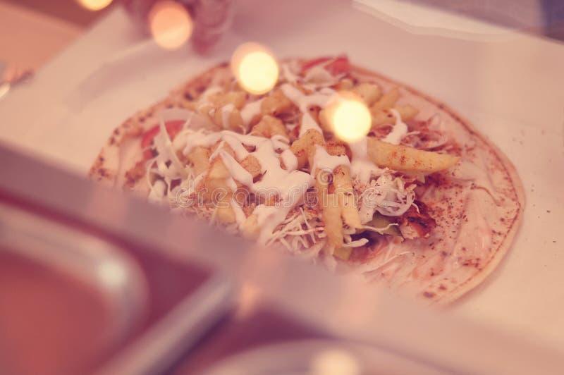 Het voorbereiden van shawarma royalty-vrije stock fotografie