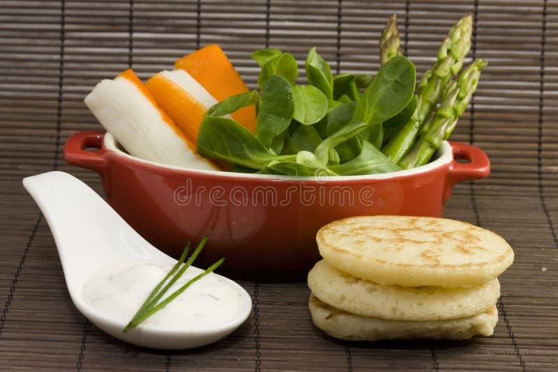 Het voorgerecht van de salade stock afbeelding for Vers de salade