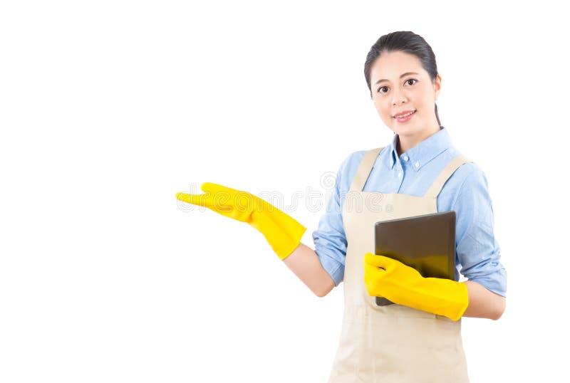 Het voorstellen van de huis schoonmakende diensten stock afbeelding