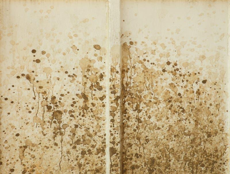 Het vuil op een witte muur kijkt als het abstracte schilderen royalty-vrije stock fotografie