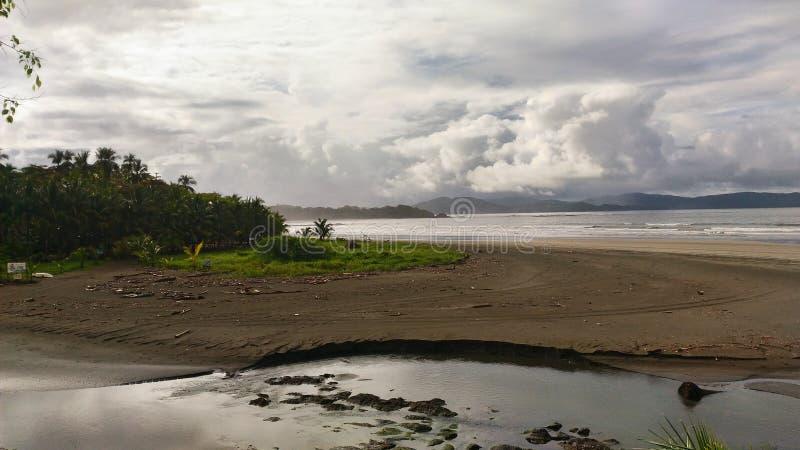 Het Vulkanische Strand van Hawaï stock afbeelding
