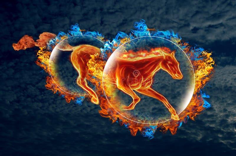 Het vurige paard galoppeert door twee vurige hoepels tegen de avond bewolkte marineblauwe hemel stock illustratie