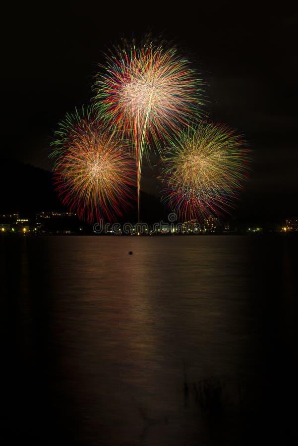 Het vuurwerk is symbool van vieringen royalty-vrije stock fotografie