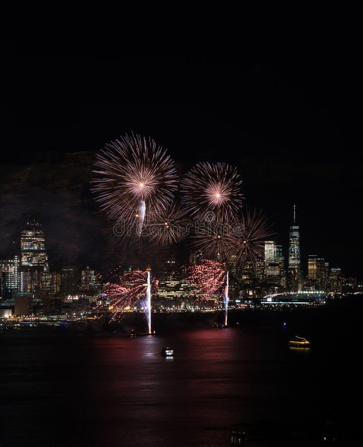 Het vuurwerk van New York royalty-vrije stock afbeelding