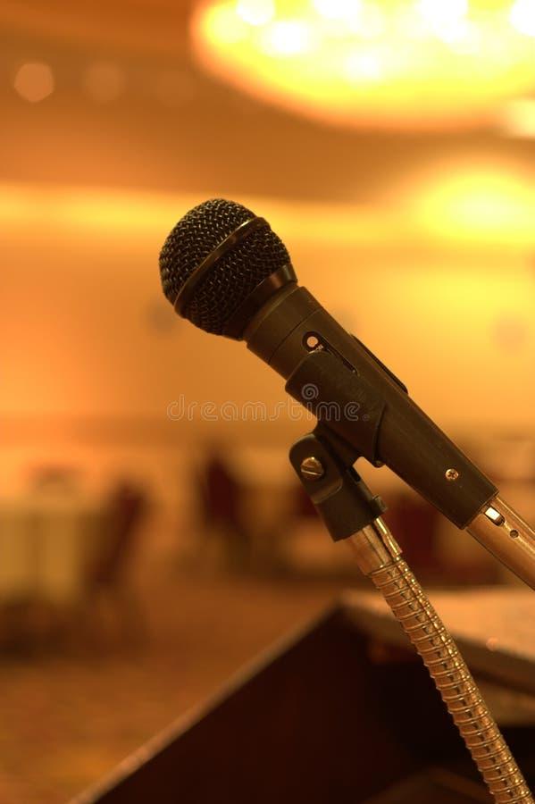 Het wachten op een toespraak