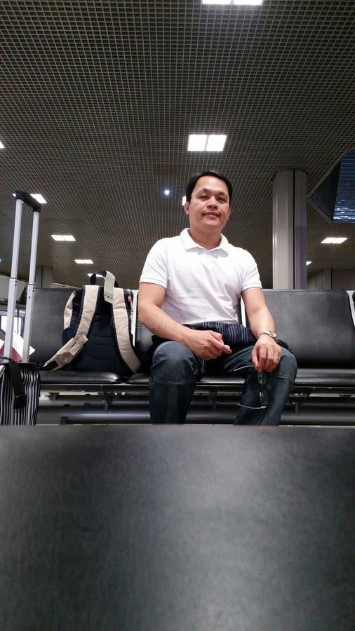 Het wachten op het inschepen bij de Luchthaven van Manchester stock foto