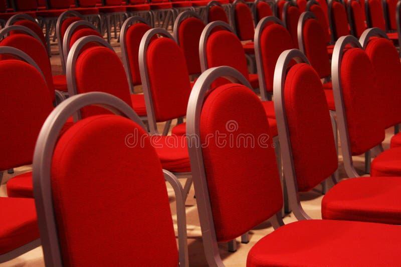 Het wachten van het theater stock afbeeldingen