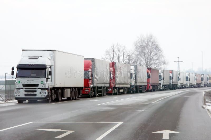 Het wachten vrachtwagens royalty-vrije stock foto's
