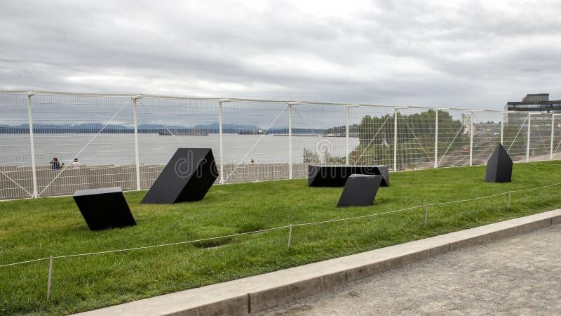 ` Het wandelen Rotsen ` door Tony Smith, Olympisch Sculptue-Park, Seattle, Washington, Verenigde Staten stock foto