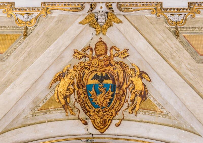 Het wapenschild van pauspaul V in de Basiliek van Santa Maria Maggiore in Rome, Italië royalty-vrije stock fotografie