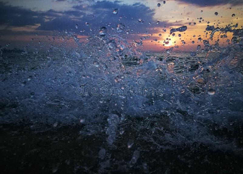 Het water ploetert royalty-vrije stock afbeelding