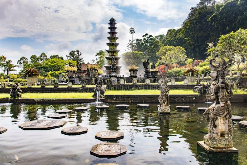 Het Waterpaleis Bali, Indonesië van Tirtagangga stock afbeelding
