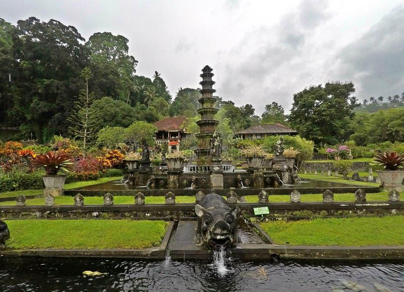 Het Waterpaleis van Tirtagangga in Bali, Indonesië royalty-vrije stock foto's