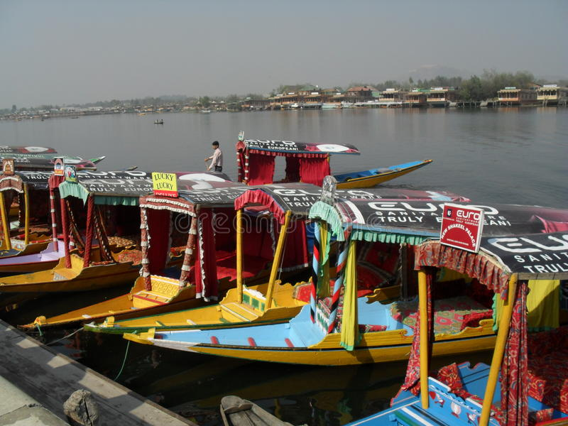 Het watertaxis van Kashmir stock foto's