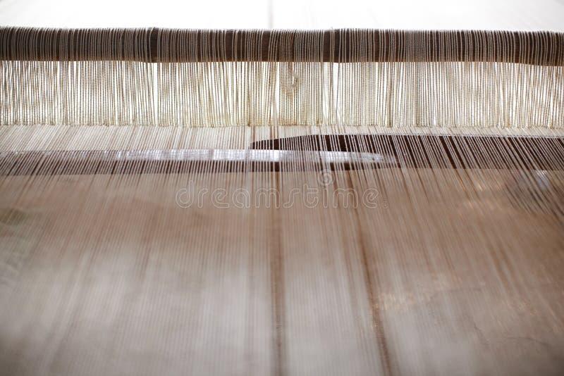Het weefgetouw van de jacquard voor hand het weven met garens stock foto