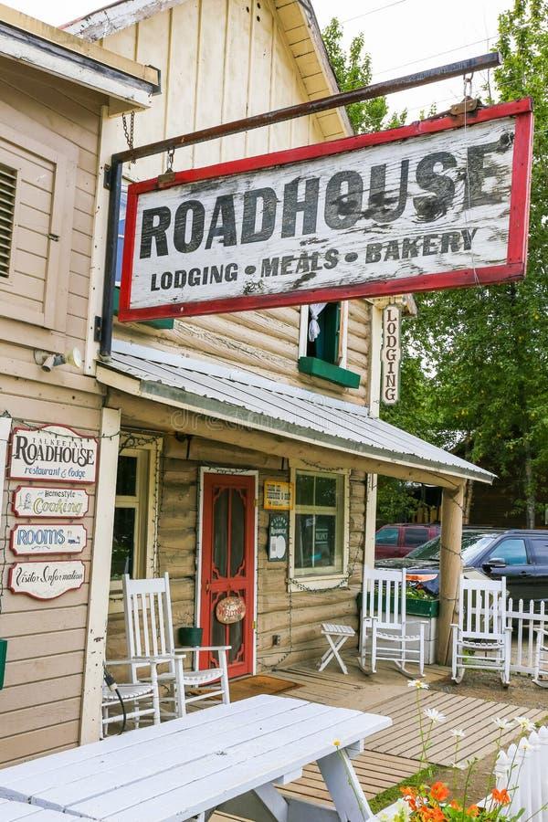 Het Wegrestaurant van Alaska Talkeetna brengt en Bakkerij onder stock foto