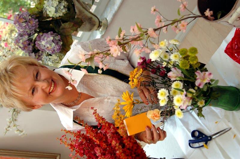 Het werken van de bloemist royalty-vrije stock foto