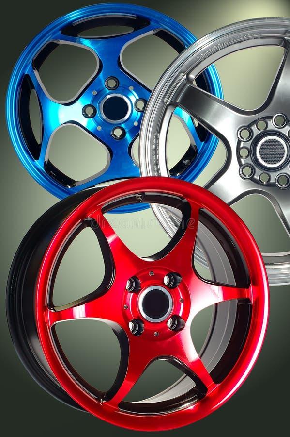 Het wiel van de sportwagen stock afbeelding