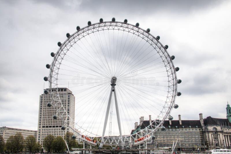 Het wiel van het Oog van Londen in Londen, het UK stock afbeelding