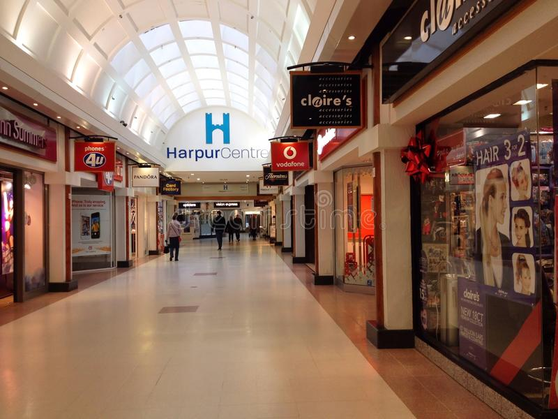 Het winkelcomplex van het Harpurcentrum, Bedford, het UK stock afbeelding