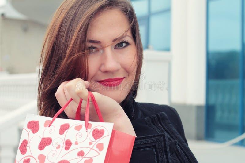 Het winkelen de Dag van de Valentijnskaart. royalty-vrije stock fotografie