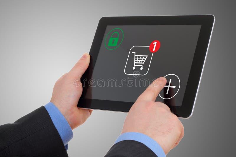Het winkelen over Internet royalty-vrije stock afbeeldingen